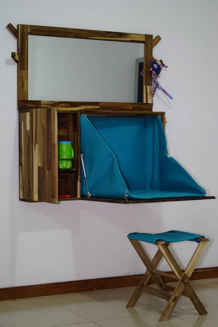 Mueble abierto: Hogar de estilo  por Alejandro Martínez - Diseñador industrial