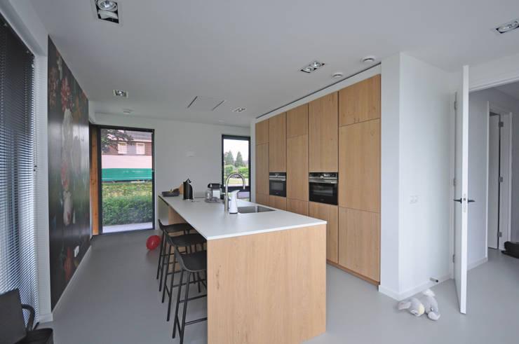 Küche von Bongers Architecten, Landhaus
