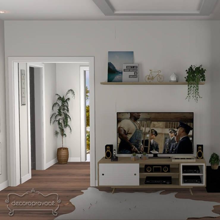 Sala TV: Salas de estar  por Decoropravocê - Decoração ao seu alcance.