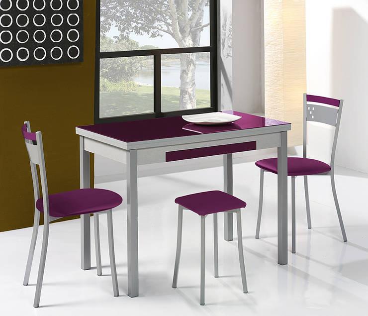 Mesas y Sillas de cocina de diseño von Dekogar | homify