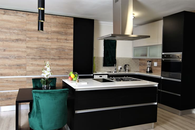 "Kitchen: {:asian=>""asian"", :classic=>""classic"", :colonial=>""colonial"", :country=>""country"", :eclectic=>""eclectic"", :industrial=>""industrial"", :mediterranean=>""mediterranean"", :minimalist=>""minimalist"", :modern=>""modern"", :rustic=>""rustic"", :scandinavian=>""scandinavian"", :tropical=>""tropical""}  by Motama Interiors and Exteriors,"