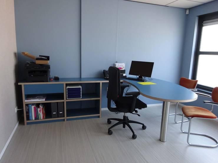 bureau:  Studeerkamer/kantoor door Bob Nisters, Modern Multiplex