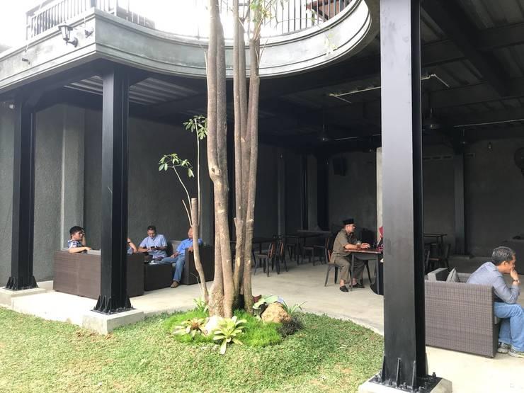 AKABAY Cafe:  Restoran by EDELIO - Edelweis Studio
