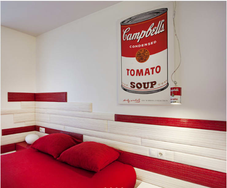 Dormitorio rojo y blanco estilo pop: Dormitorios de estilo  de Gemmalo arquitectura interior