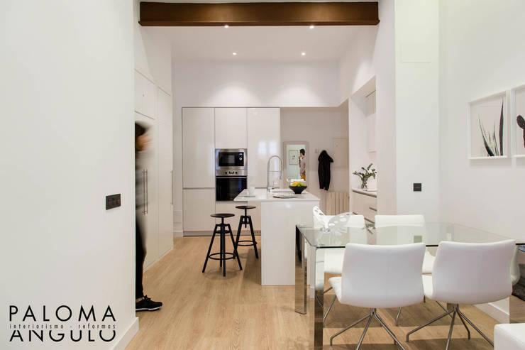 Кухни в . Автор – Interiorismo Paloma Angulo, Модерн