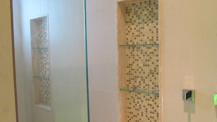 Banheiro /lavabo Casa Tijuca - Rio de Janeiro: Banheiros  por Claudia Saraceni