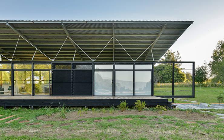 Casa en Molco: Casas de estilo rural por mutarestudio Arquitectura