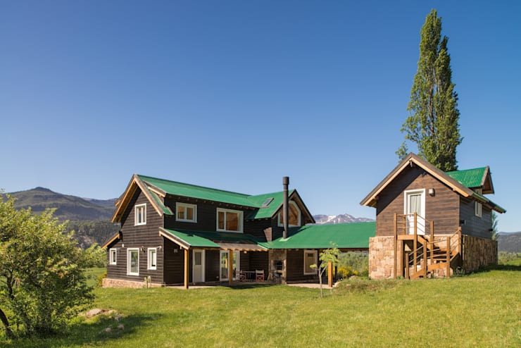 บ้านไม้ by Patagonia Log Homes - Arquitectos - Neuquén