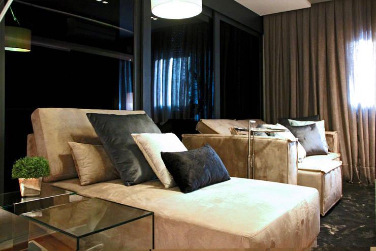 Apartamente – RÚSTICO-CHIC: Salas de estar  por INSIDE ARQUITETURA E DESIGN
