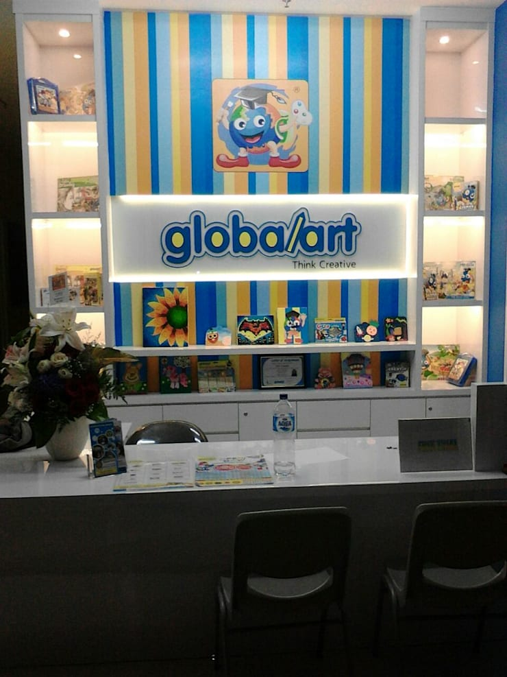 Design & Build GlobalArt Bintaro:   by PT Intinusa Persada