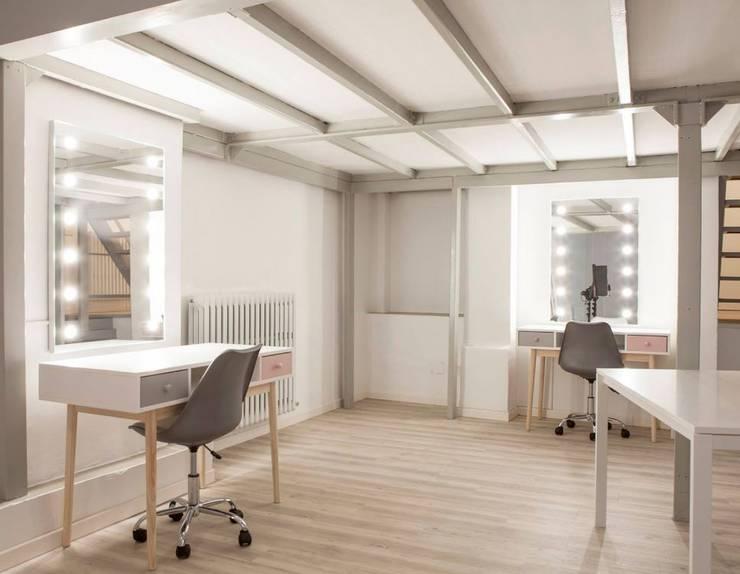Офіси та магазини by Unica by Cantoni