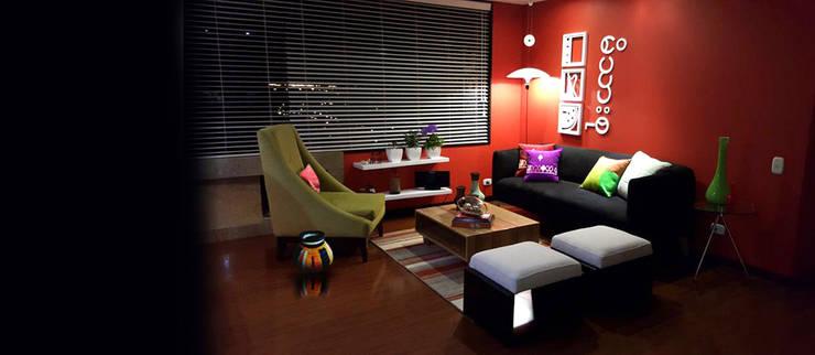 propuesta de decoración interior: Salas de estilo  por Omar Interior Designer  Empresa de  Diseño Interior, remodelacion, Cocinas integrales, Decoración