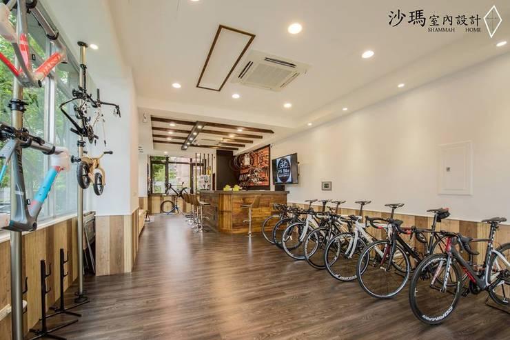木色  鄉村:  辦公室&店面 by 沙瑪室內裝修有限公司