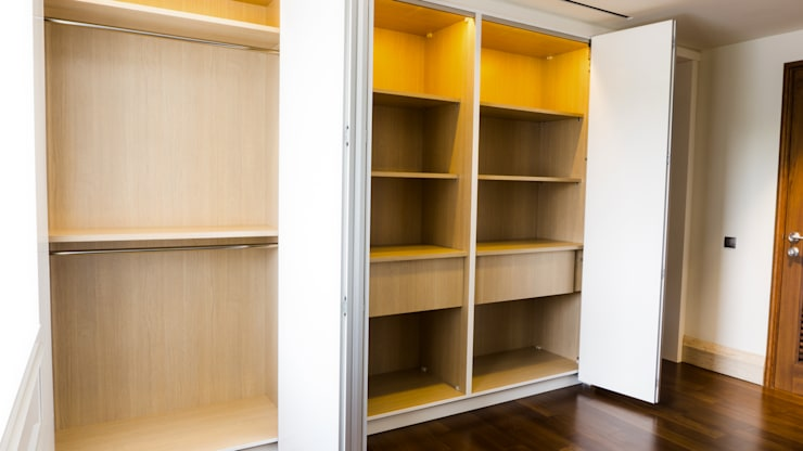 Child's Walk in Closet 5:  Dressing room by ARF interior