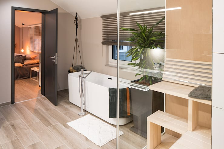 Bathroom by FingerHaus GmbH