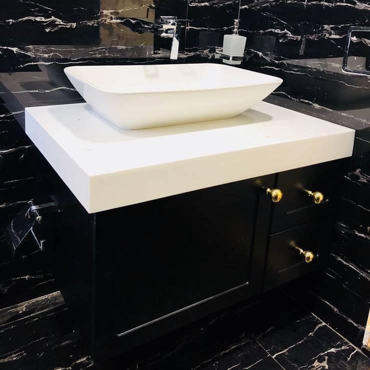 Sink Design in bathroom:  Bathroom by TheMistris