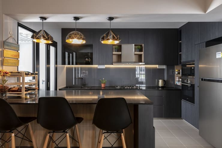 673B Yishun Ave 4—Modern Scandinavian :  Built-in kitchens by VOILÀ Pte Ltd