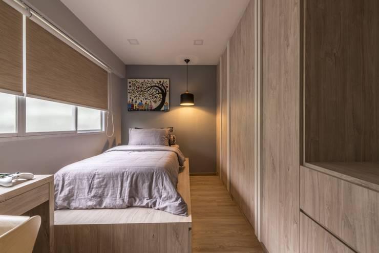 689A Choa Chu Kang—Modern Scandinavian :  Bedroom by VOILÀ Pte Ltd,Scandinavian