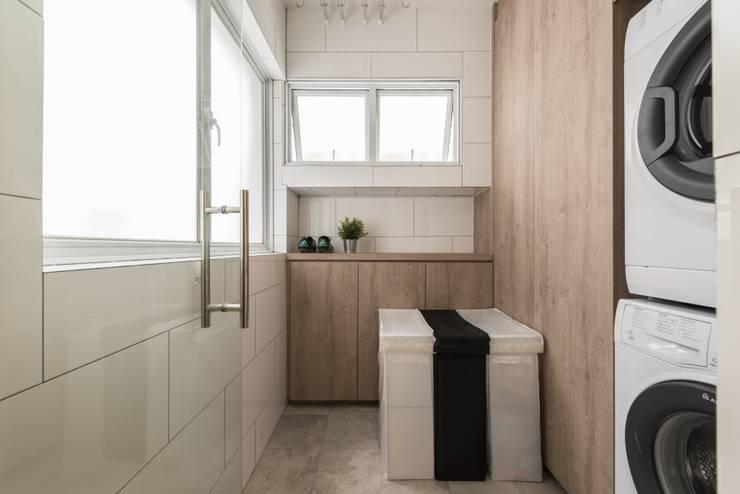 689A Choa Chu Kang—Modern Scandinavian :  Kitchen by VOILÀ Pte Ltd,Scandinavian