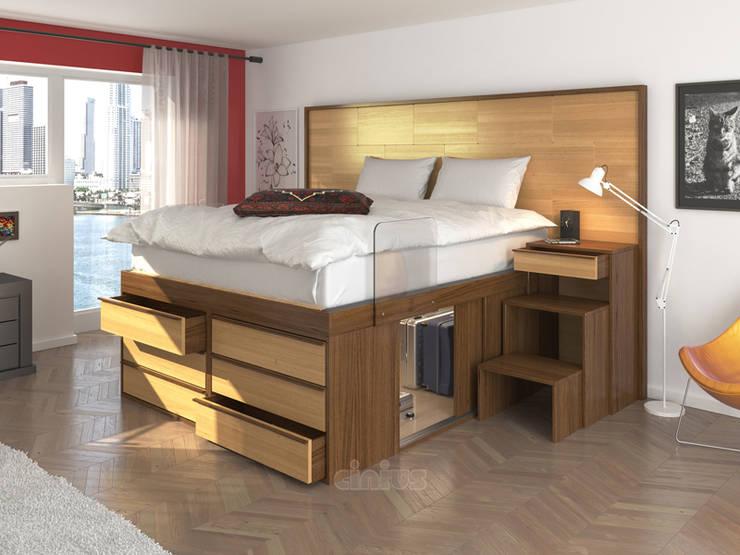 Letto Impero con cassettiera ed ante scorrevoli: Camera da letto in stile  di cinius s.r.l.