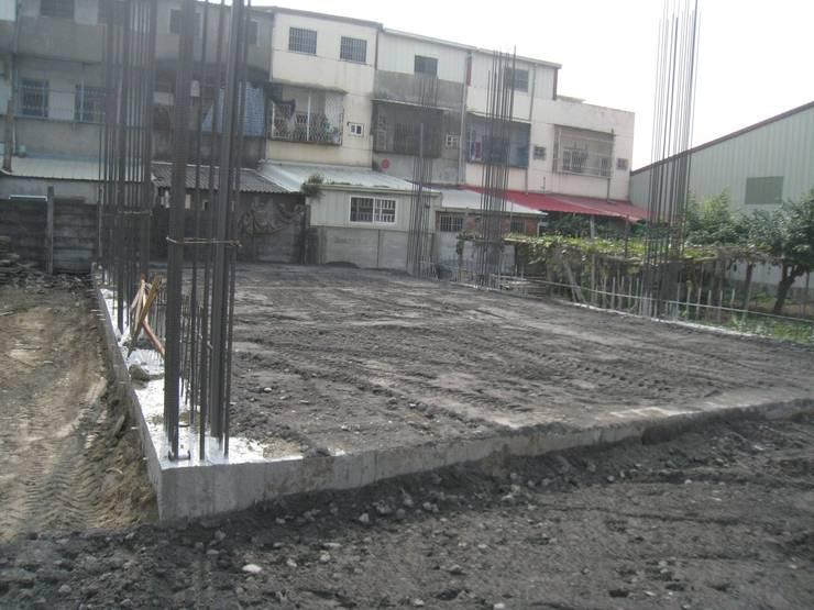 基礎工程:   by 安登建設有限公司