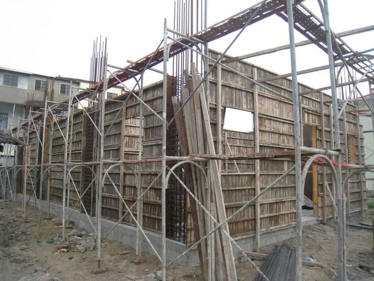 板模工程:   by 安登建設有限公司