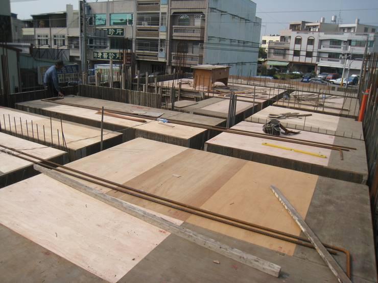 樓板工程:   by 安登建設有限公司