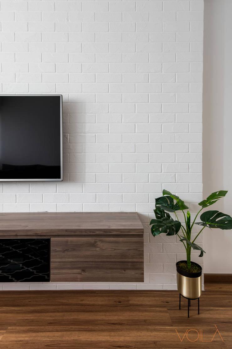 786 Yishun Ring Road—Scandinavian :  Living room by VOILÀ Pte Ltd,Scandinavian