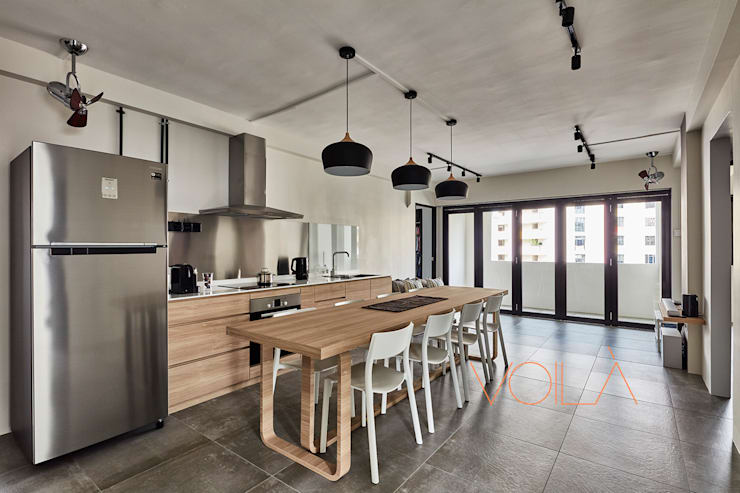 330 Sembawang Close :  Built-in kitchens by VOILÀ Pte Ltd