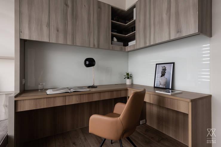 新北永和 敦南一品  Chen residence:  書房/辦公室 by 双設計建築室內總研所