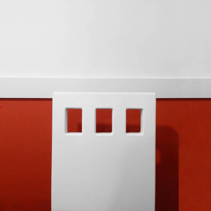 Mobiliario :  de estilo  por CM ephimeral, Minimalista Concreto
