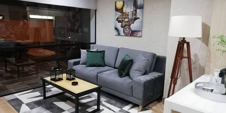 Capital Loft 103:  de estilo industrial por Mireya Pinilla Interior Design , Industrial Textil Ámbar/Dorado
