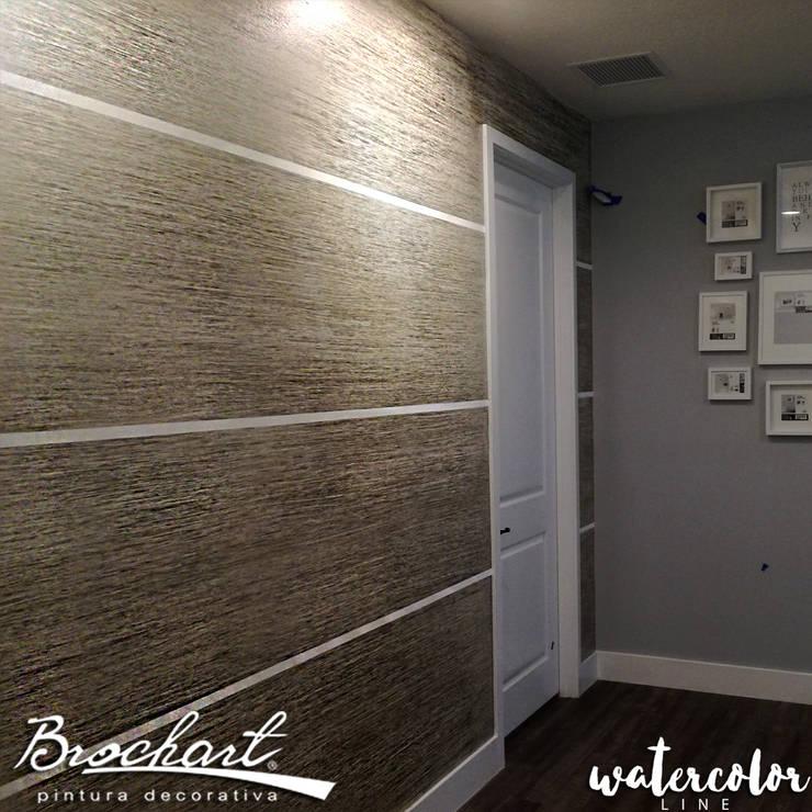 Técnica Fibra Acuarela ©: Paredes y pisos de estilo  por Brochart pintura decorativa