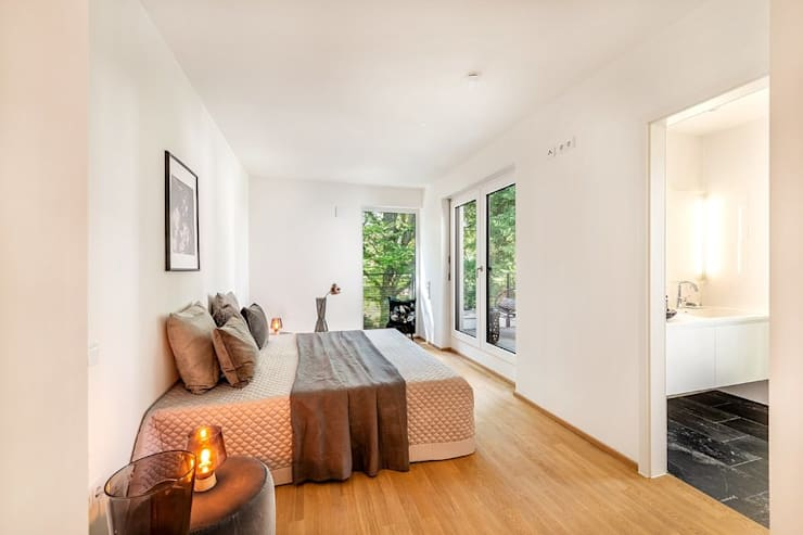 Kamar Tidur oleh Münchner home staging Agentur GESCHKA, Klasik