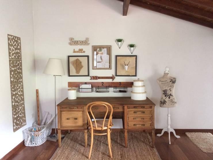 Estudio: Estudios y despachos de estilo  por Nancy Trejos