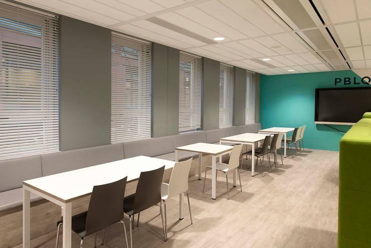 Ontmoetingsruimte:  Kantoorgebouwen door Atelier Perspective Interieurarchitectuur