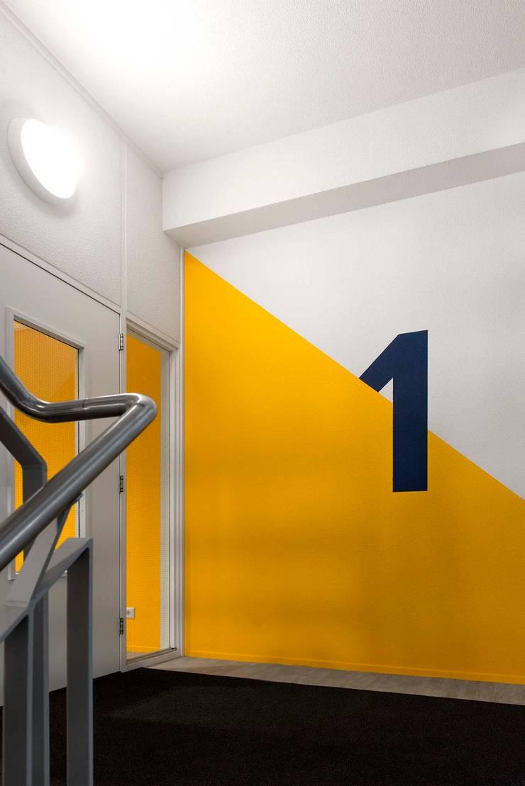 Trappengang:  Kantoorgebouwen door Atelier Perspective Interieurarchitectuur