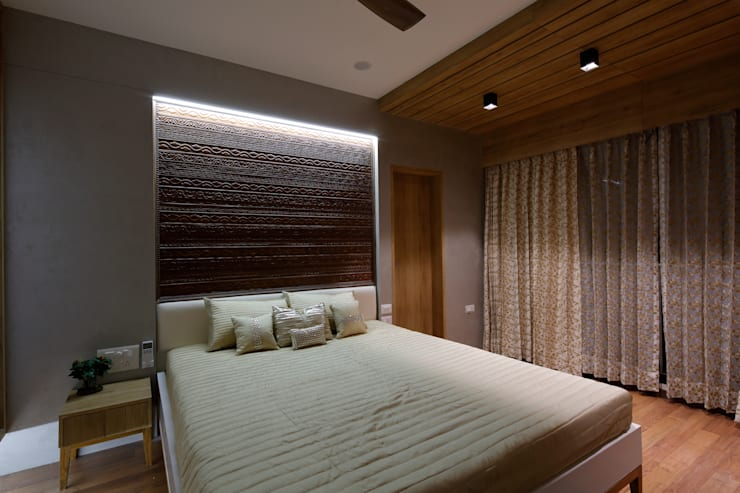 Bedroom Modern style bedroom by malvigajjar Modern Solid Wood Multicolored