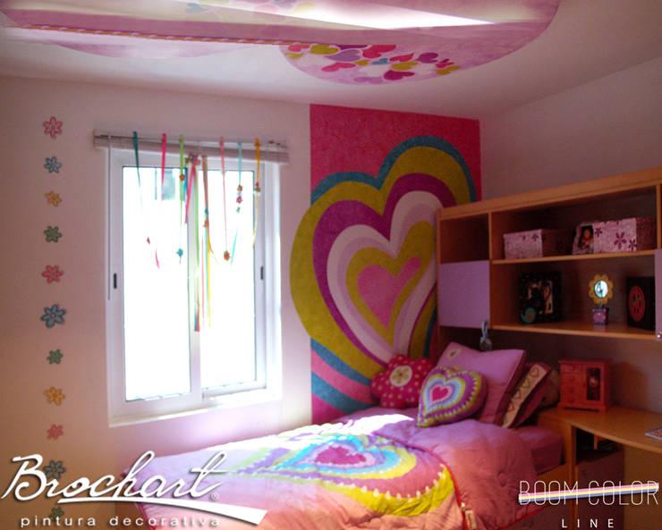 Técnica Corazones ©: Paredes y pisos de estilo  por Brochart pintura decorativa