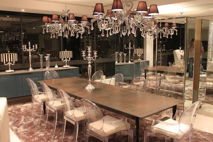 Residential Clifton:  Dining room by Lean van der Merwe Interiors
