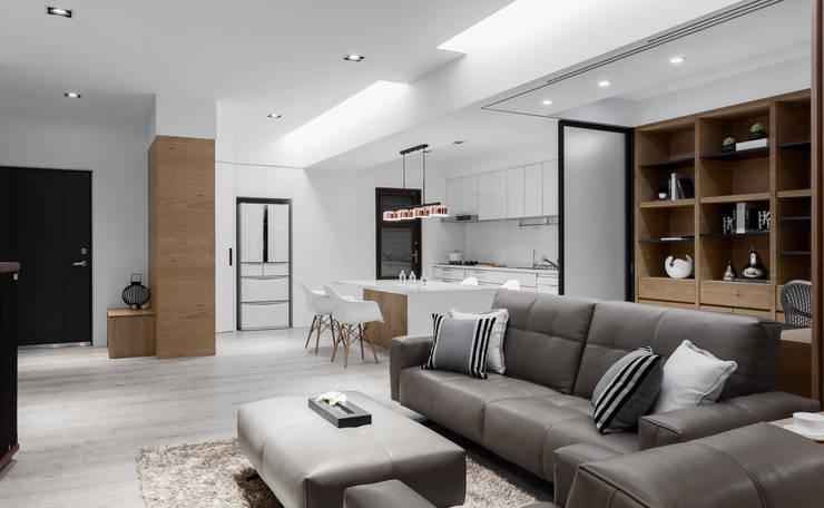 軸線:  客廳 by 京彩室內設計裝修工程公司