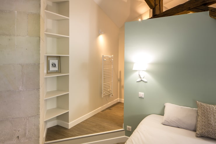 Bedroom by MadaM Architecture, Modern