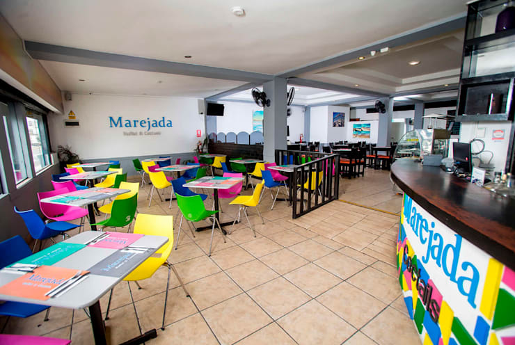 """Buffet Marino """"MAREJADA"""": Restaurantes de estilo  por Diseño & Estilo"""