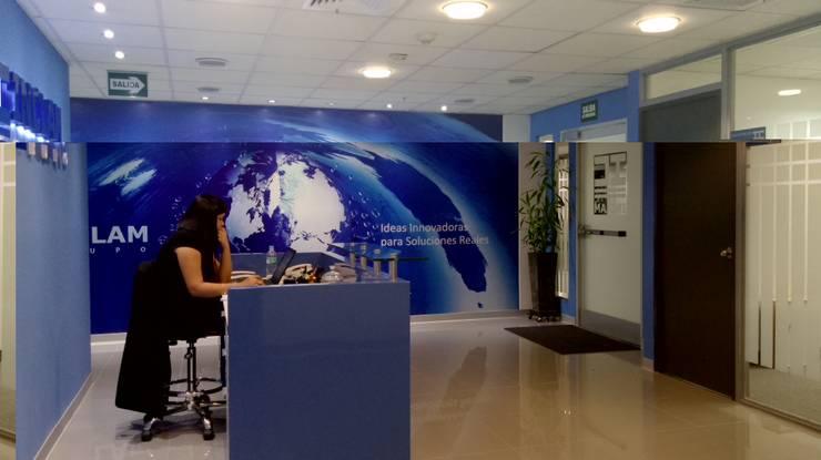 Oficina San Isidro de RW arquitectos SAC Moderno Aglomerado