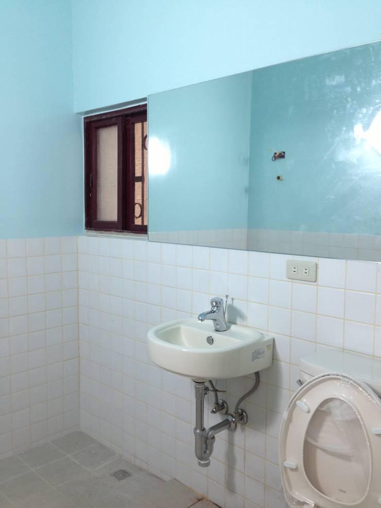 小巧廁所:  浴室 by 迷藏設計