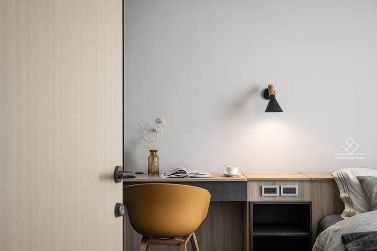 極簡室內設計 Simple Design Studio의  서재 & 사무실