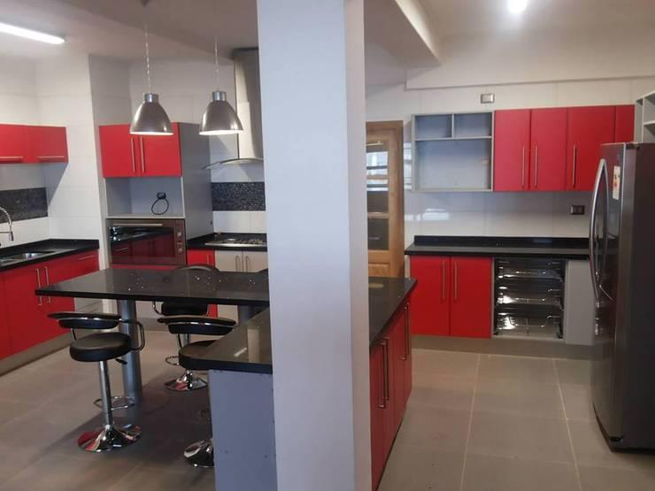 Muebles de cocina Puerto Montt: Cocina de estilo  por Quo Design