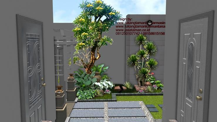 Taman depan rumah surabaya:  Garden  by TUKANG TAMAN SURABAYA - jasataman.co.id