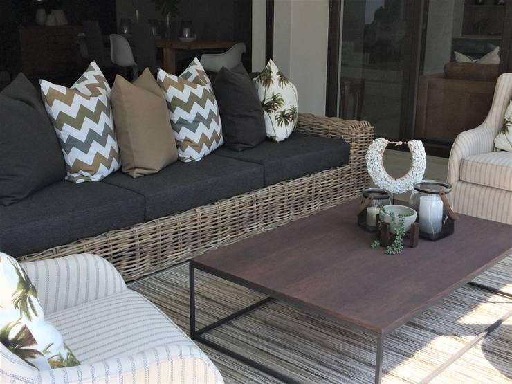 Green & Grey Simplicity:  Patios by Sophistique Interiors