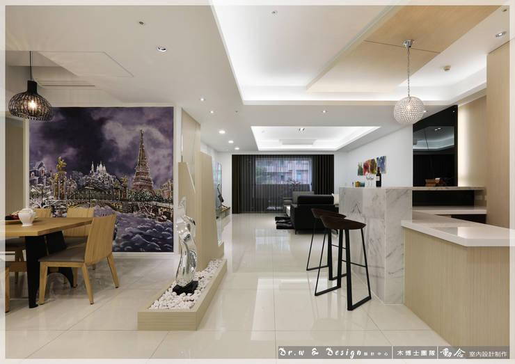 吧檯/餐廳/隔屏/歐式系統傢俱/休閒風:  餐廳 by 木博士團隊/動念室內設計制作